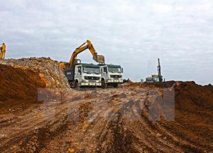 vietnam_lao_sign_iron_ore_mining_contract