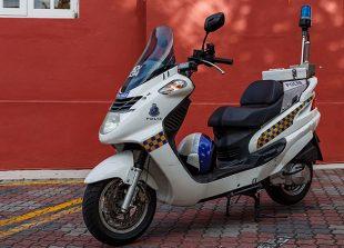 melaka_malaysia_police-motorbike-01
